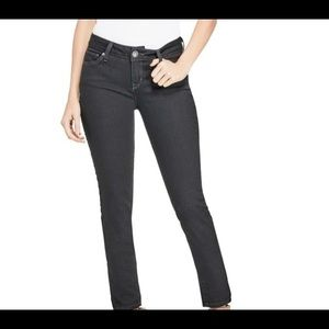 GUESS Sienna Medium Rise Curvy Skinny Black Jeans